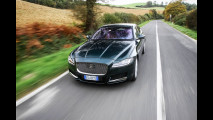 Drive in Italy, in Val d'Orcia con la Jaguar XF [VIDEO]