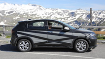 2015 Honda HR-V (Euro-spec) spy photo