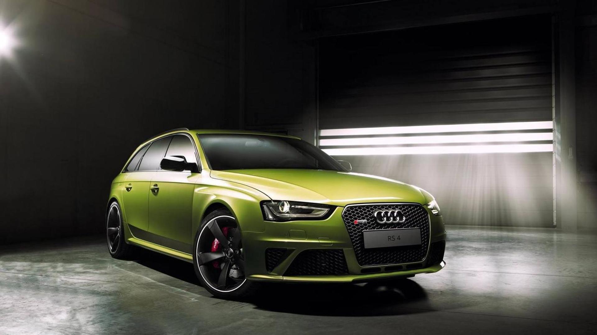 Зелёная Audi RS4 Avant от Audi Exclusive