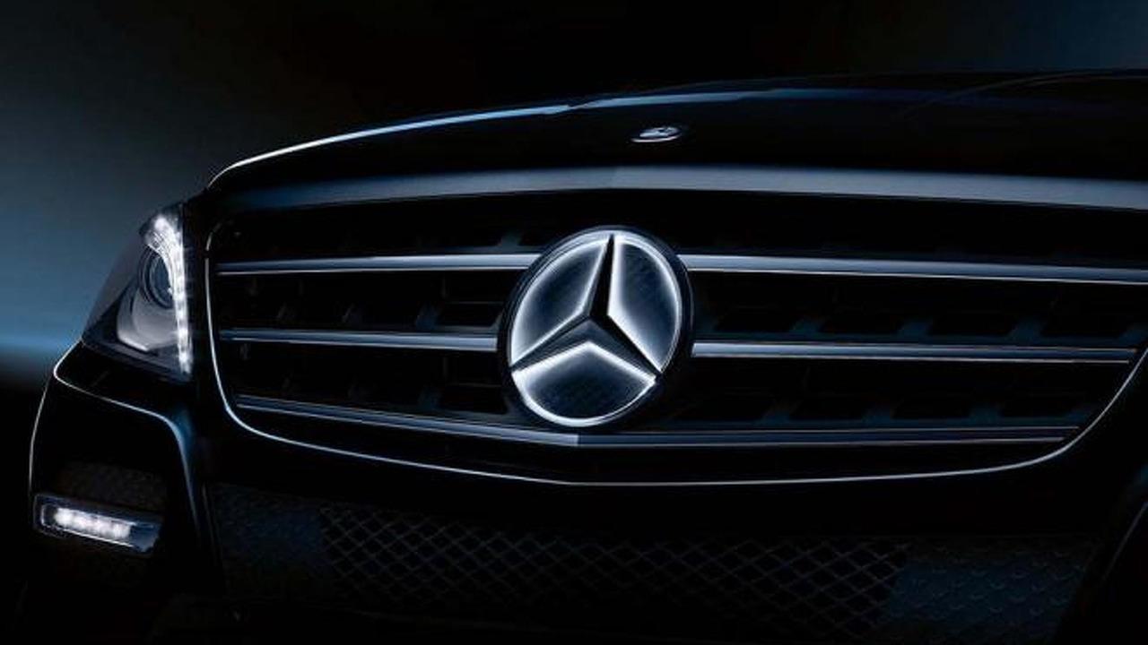 mercedes-benz to offer illuminated emblem star