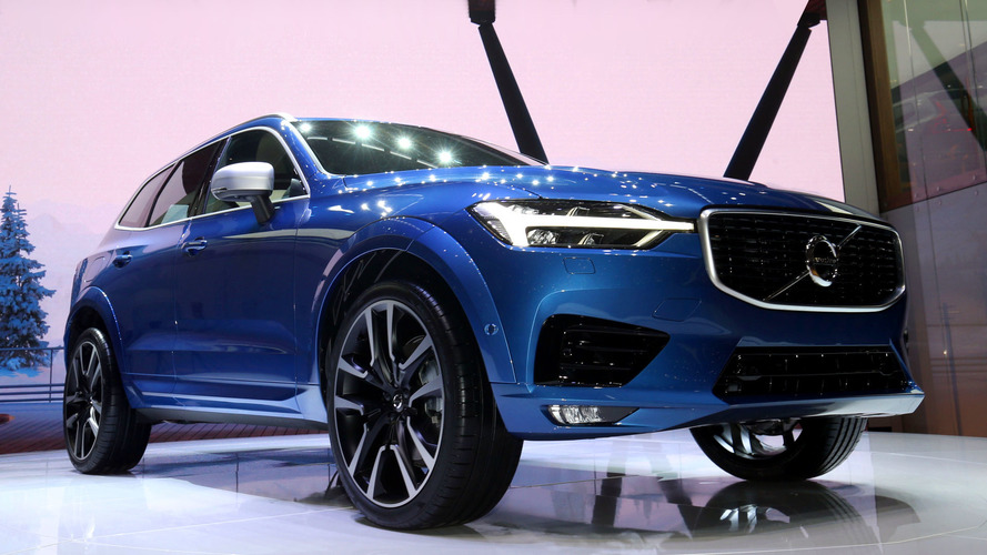 2018 volvo xc60 407 hp hybrid in a stylish new wrapper. Black Bedroom Furniture Sets. Home Design Ideas