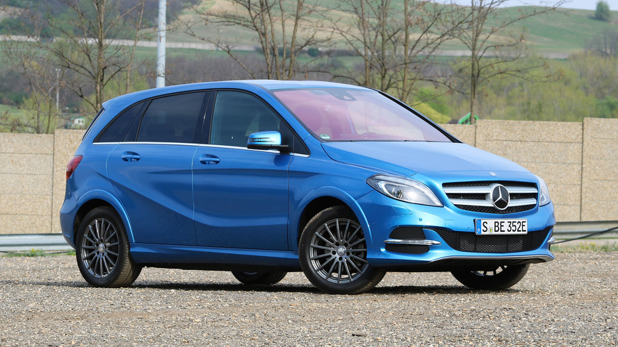2017 mercedes benz b250e review the mercedes of evs for Mercedes benz mbrace reviews