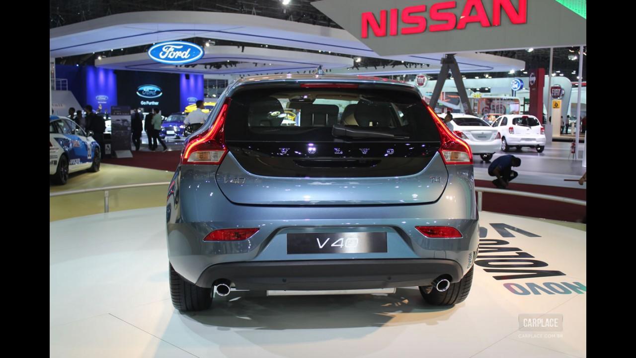 Salão do Automóvel: Volvo V40 é o grande destaque da marca - Modelo chega ao mercado em 2013