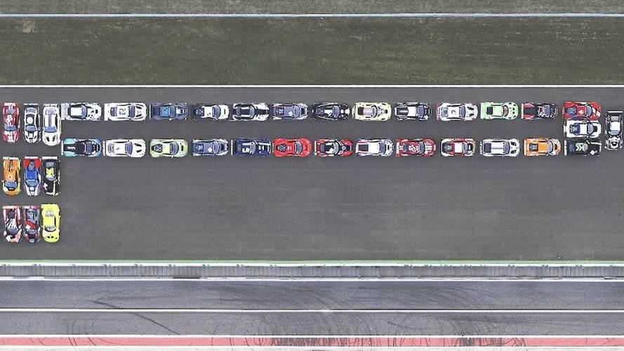 Pirelli Uses 22,000 Horsepower To Recreate Its Logo