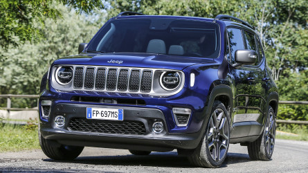 Jeep has revealed the first pictures of its Renegade facelift