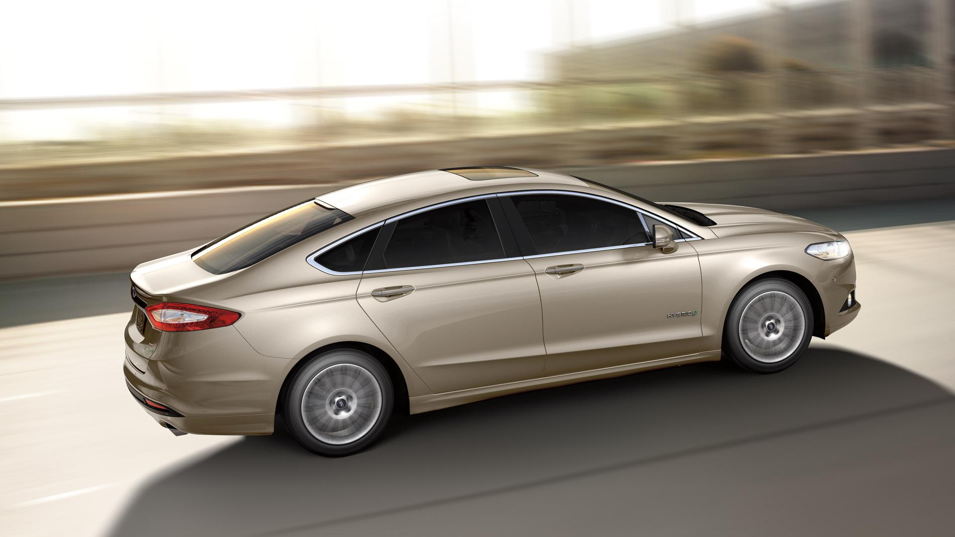 Ford Fusion Hybrid News And Reviews Motor1 Com