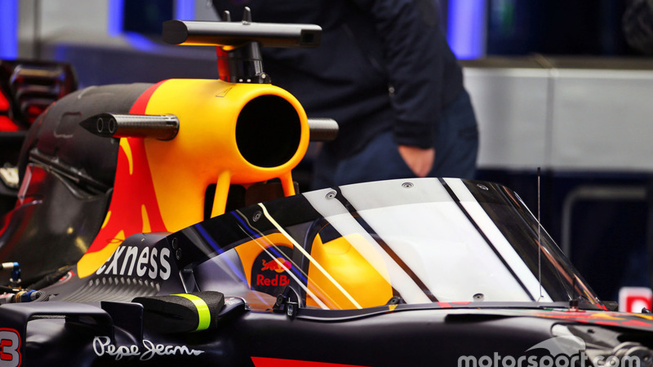 Red Bull Racing RB12 with the aeroscreen
