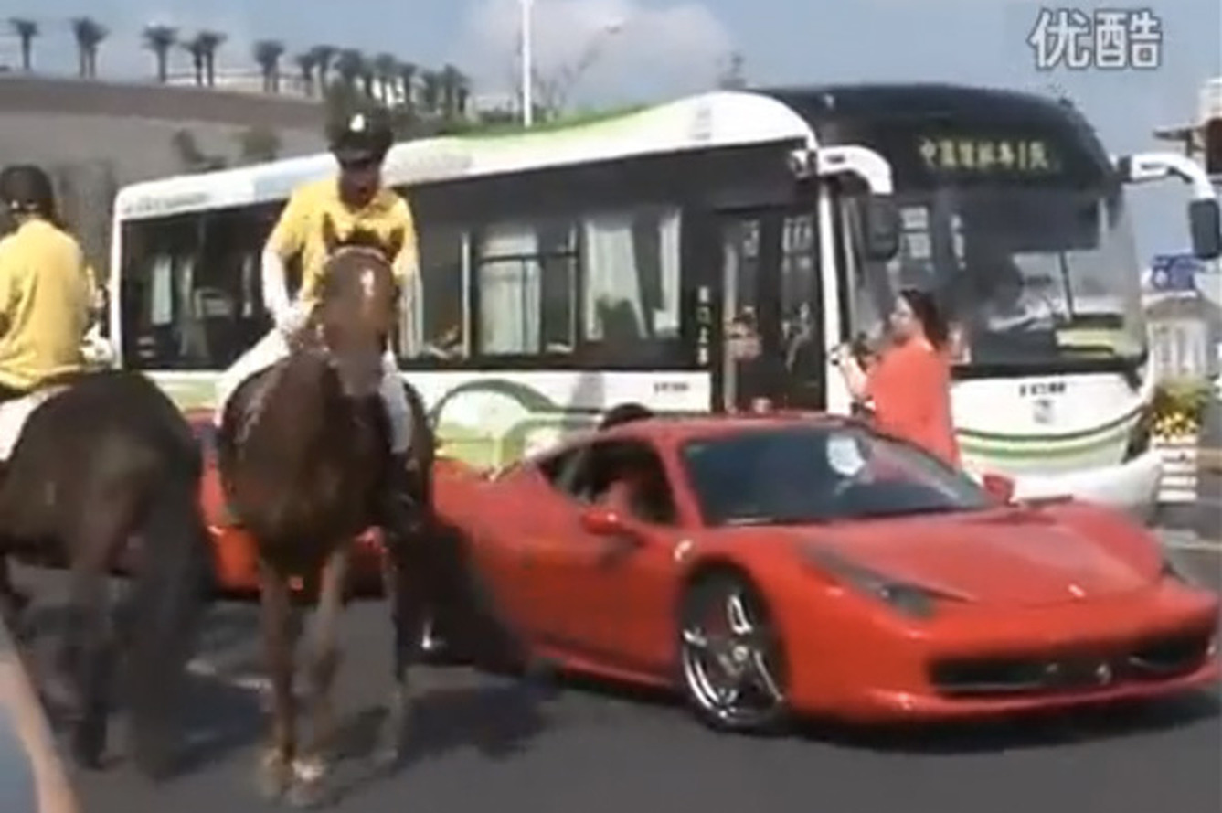 Video: Horse Kicks Another Prancing Horse