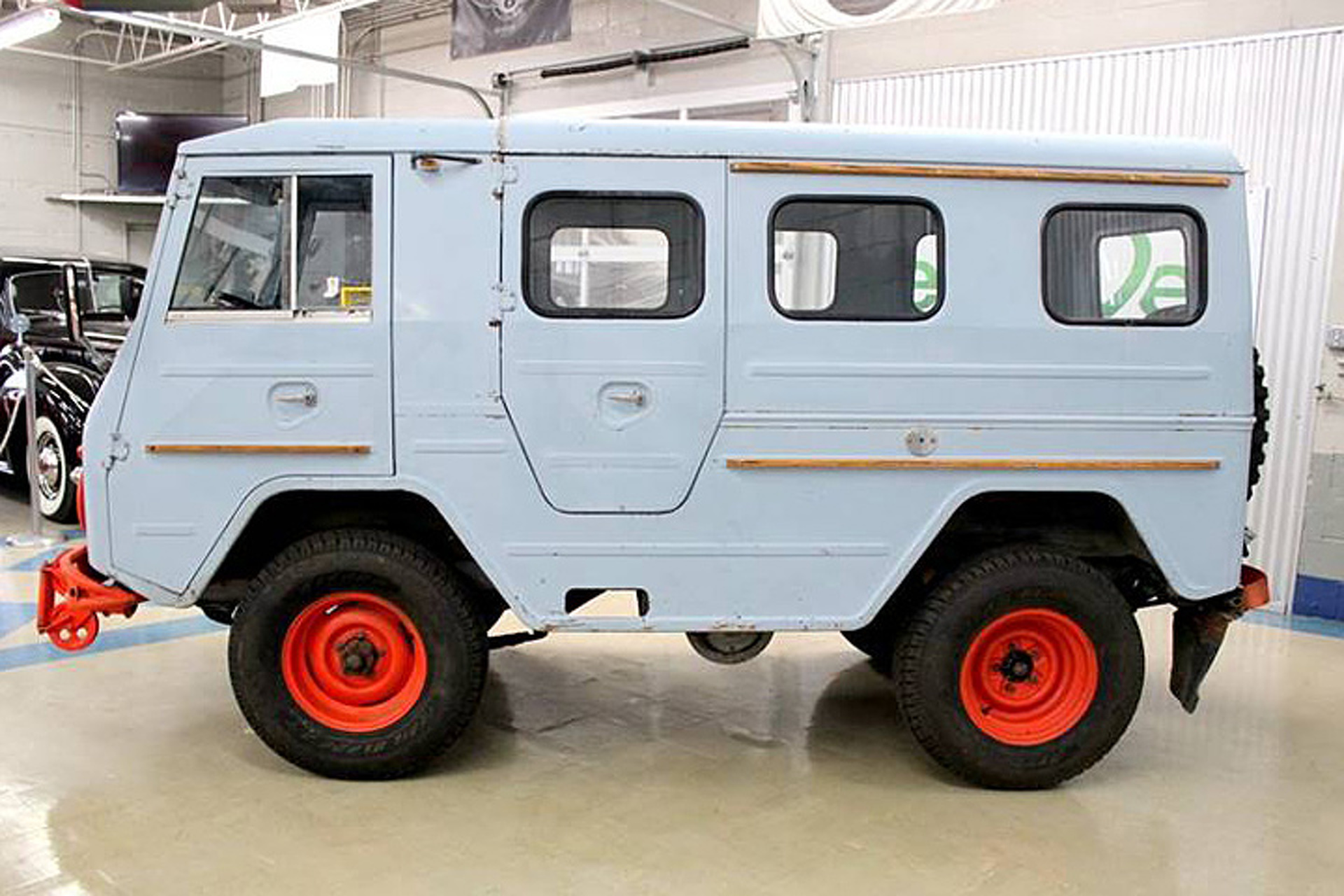 This Vintage Volvo Laplander 4x4, Be the Coolest Person on the Trail