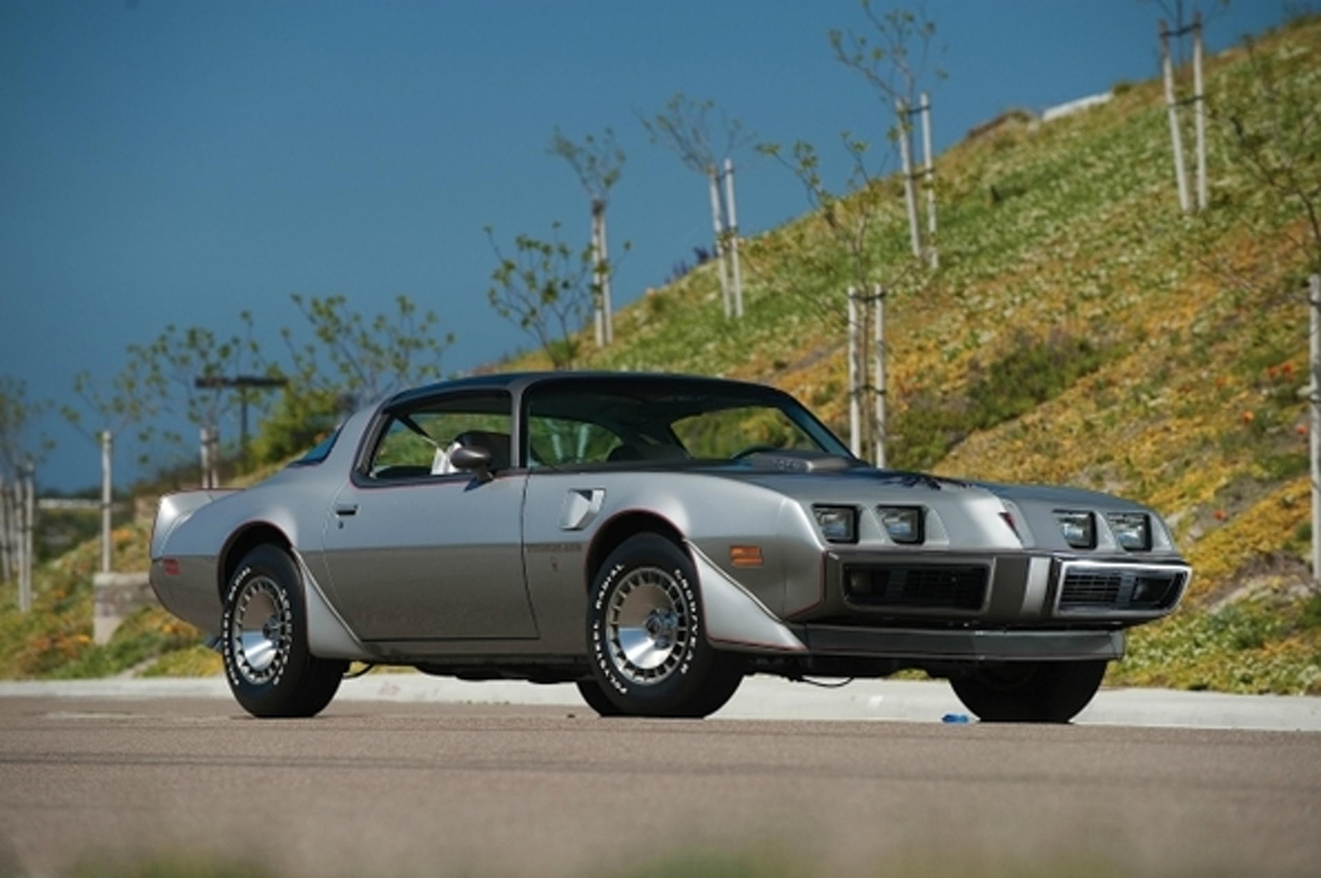 8 Forgotten Classic Cars of the 1980\'s We\'d Want to Own