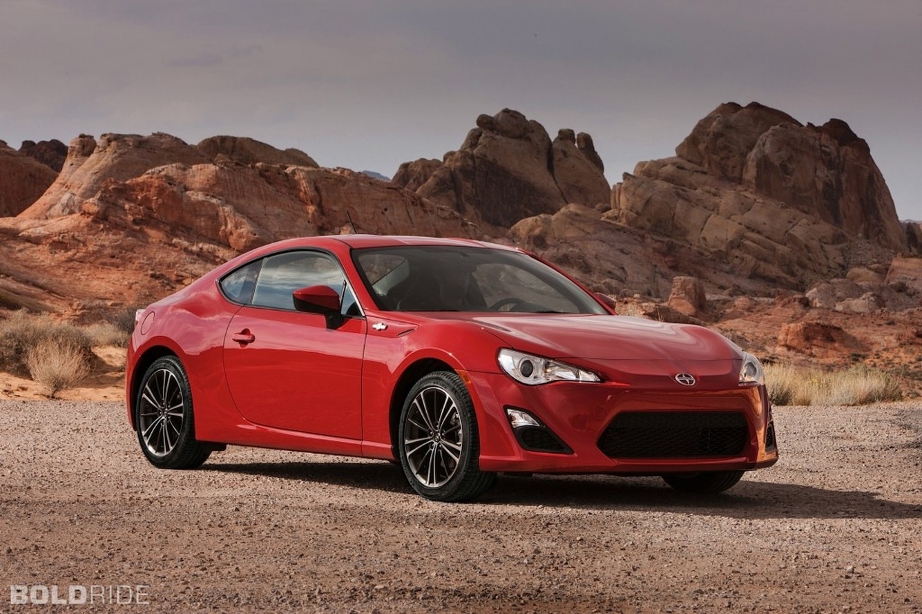 Review: 2013 Scion FR-S