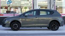 Seat Leon SUV spy photos
