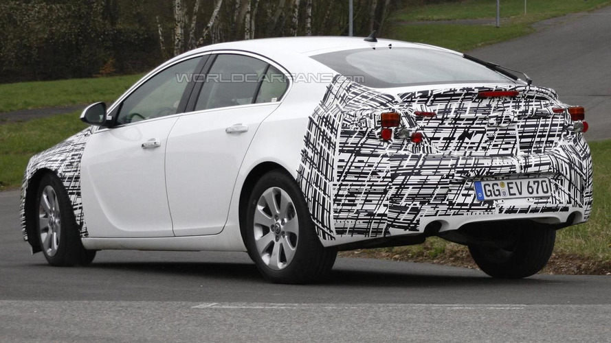 2013 Opel Insignia facelift caught testing for first time