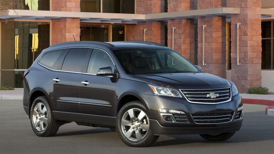 2013 Chevrolet Traverse facelift revealed
