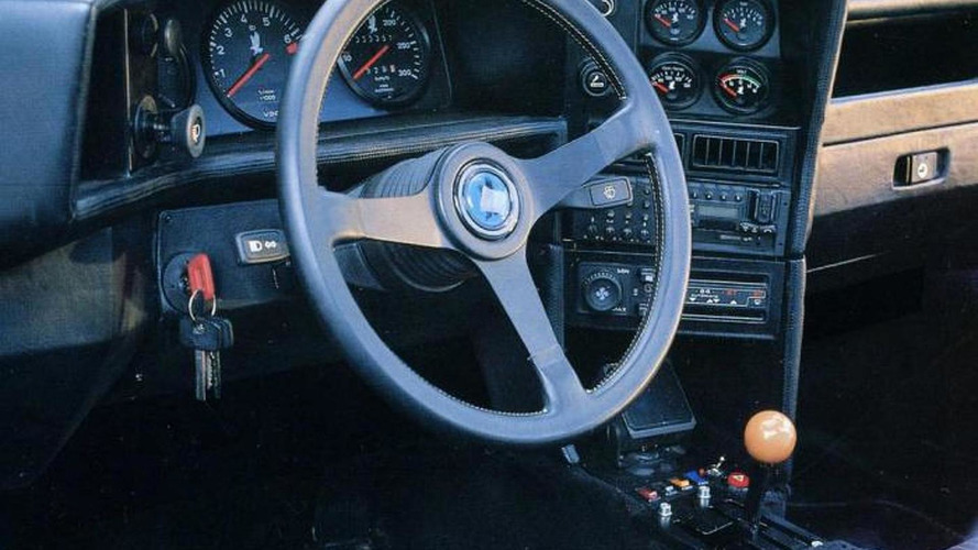 Isdera Imperator 108i revs its AMG V8 6.0-liter engine at Spa [video]