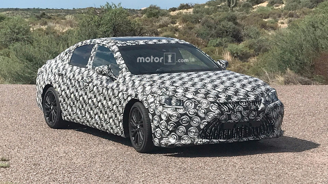 2019 Lexus ES Spy Photos