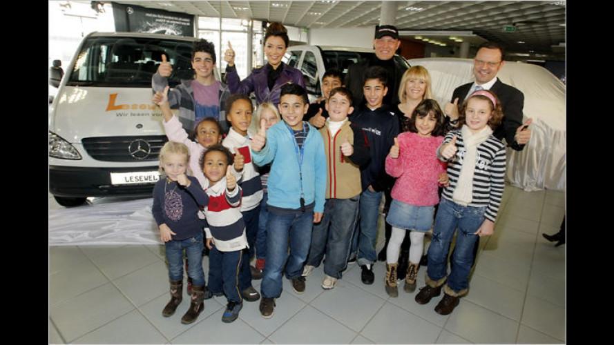 Mercedes-Benz stiftet drei Vito für ,Tribute to Bambi