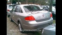 Exclusivo!! Flagramos o novo Fiat Linea Dualogic 2009 - Veja foto do interior