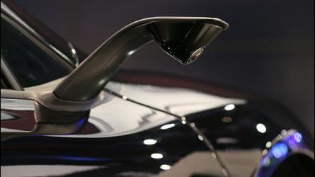 McLaren 675LT JVCKenwood, addio specchietti