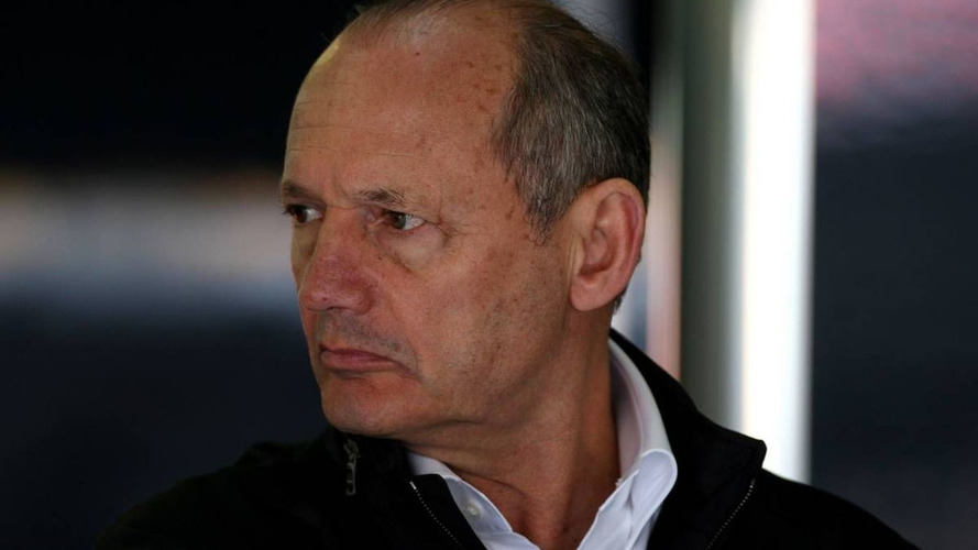 Dennis hits out at McLaren drivers' car criticisms
