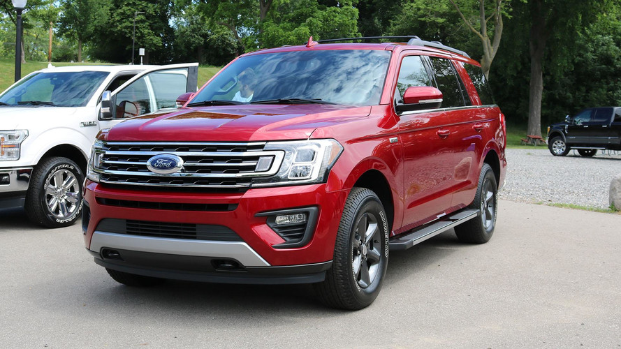 2018 Ford Expedition FX4 Lets Your Big SUV Go Off-Road