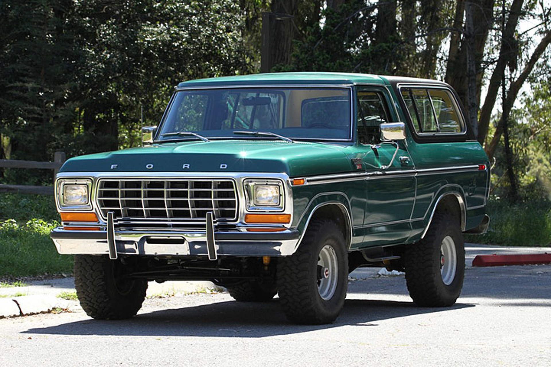 Ford Bronco Ranger Xlt T 1980 If You Cant Wait For The Rumored New Broncowhatever That May Actually Bethen Take A Gander At Todays Nice Price Or Crack Pipe Classic