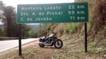 Avaliação: Harley-Davidson Iron 883 numa bucólica viagem ao passado