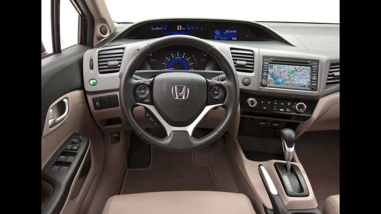 Já? Honda acelera reestilização do Novo Civic 2012 nos Estados Unidos