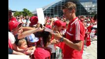 Neue Autos für FC Bayern