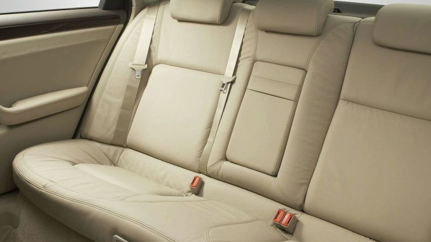 Holden WM Caprice & Statesman Revealed (AU)