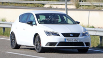 2017 SEAT Leon Cupra facelift spy photos