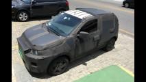 Flagra! Veja de perto o Fiat X1H, novo compacto que chega em 2016