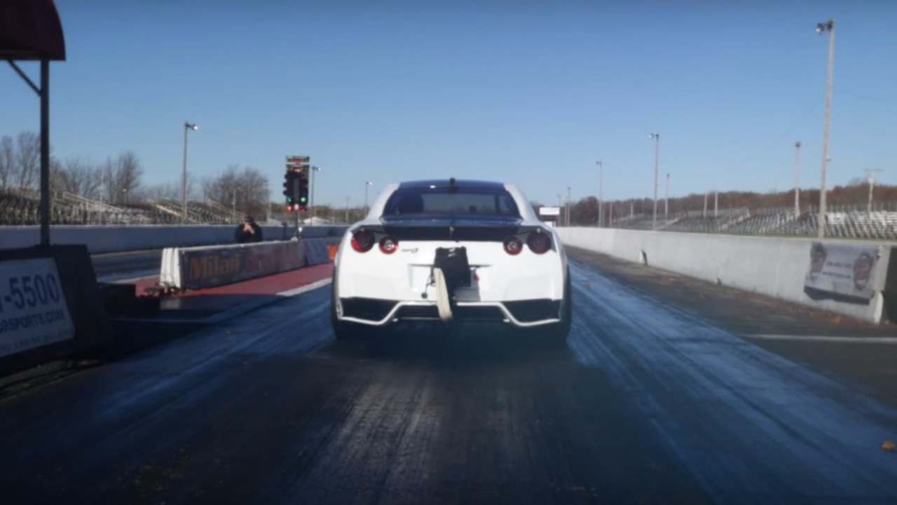 Nissan GT-R 1/4 Mile record