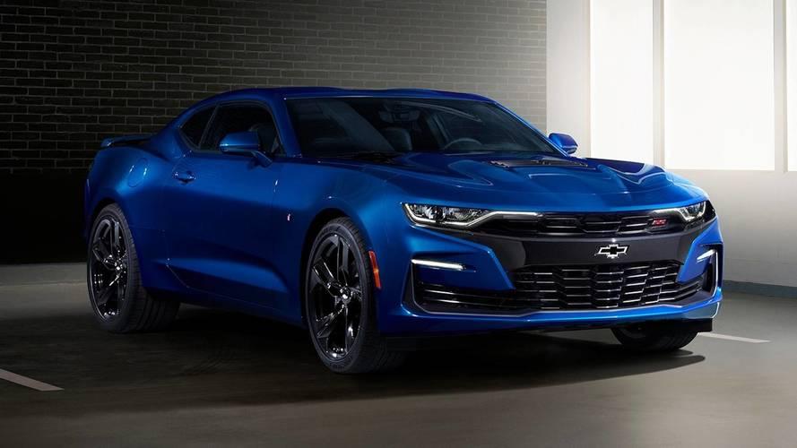 Chevrolet Camaro 2019 ganha novo visual e câmbio de 10 marchas