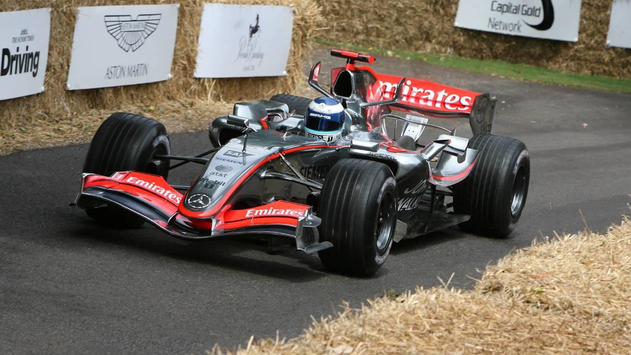 20. El McLaren Mercedes MP4/20 de F1