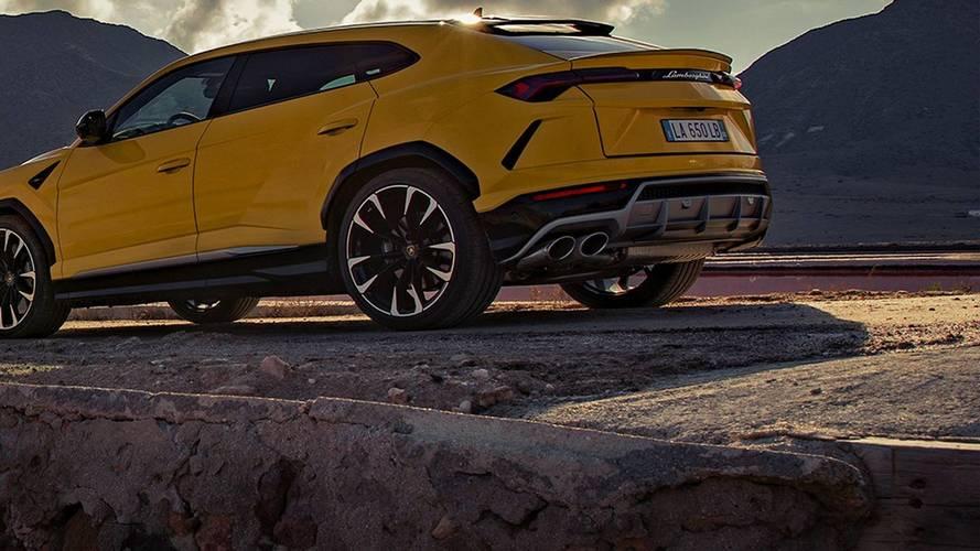 A helyiek már testközelből is szemügyre vehették a Lamborghini Urust