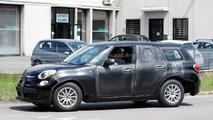 2017 Alfa Romeo SUV spy photo
