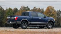 2017 Nissan Titan: Review