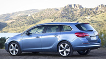 2011 Opel Astra Sports Tourer wagon revealed
