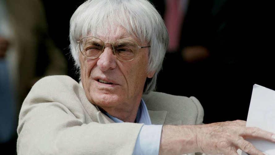 Ecclestone blames USF1 for Stefan's entry failure