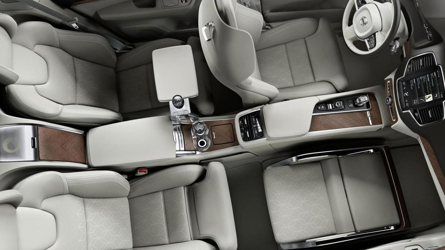 Volvo unveils super luxury XC90 Lounge Console concept in Shanghai [video]