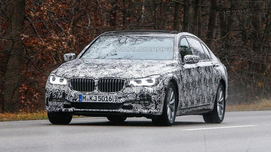 2016 BMW 7-Series spied showing new details