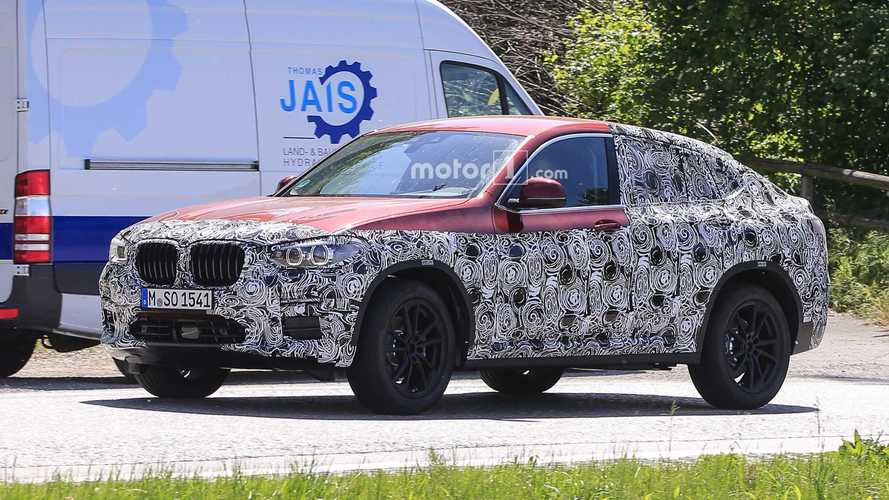 2019 BMW X4 new spy shots