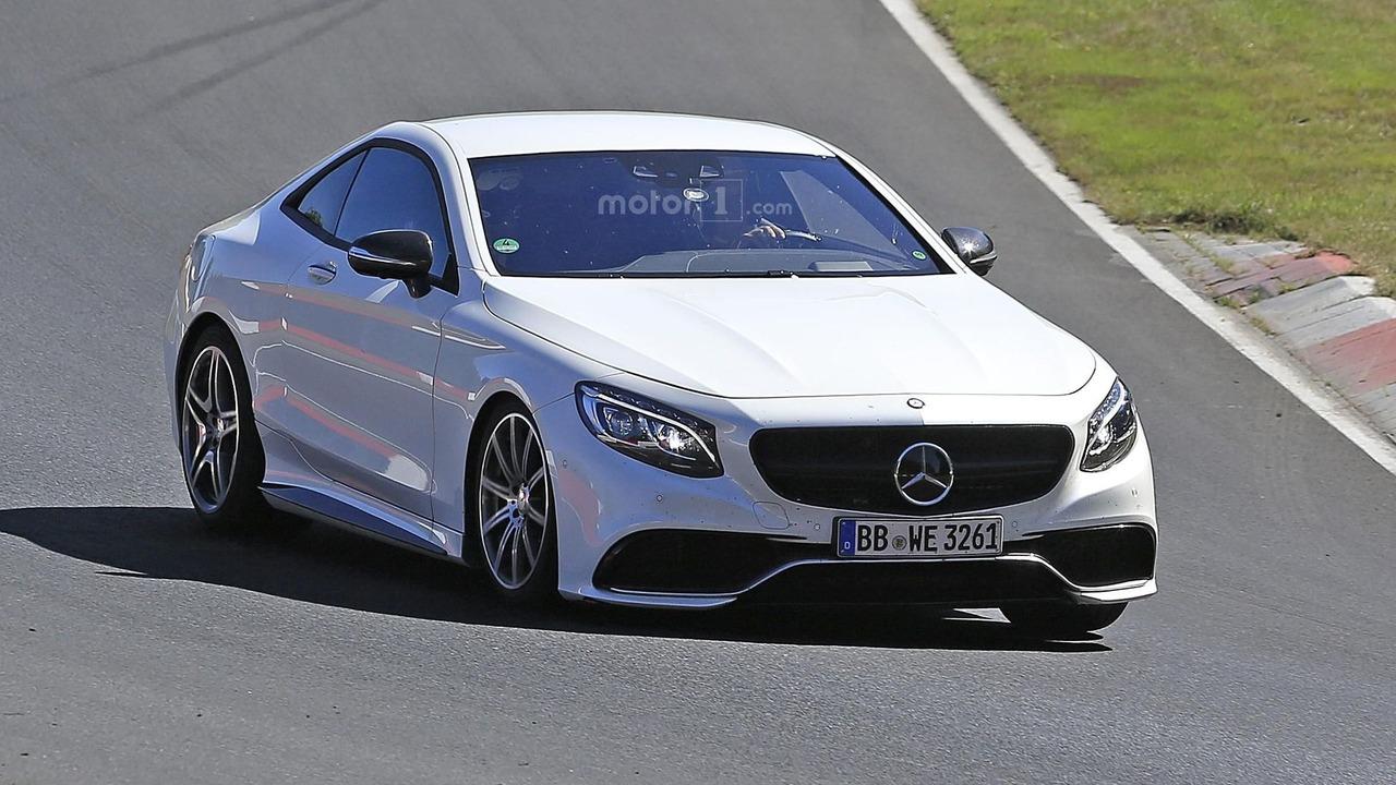 2019 Mercedes SL spy photo