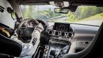 585 bg'lik AMG GT R tanıtıldı