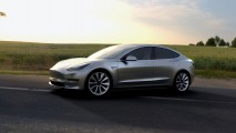 Tesla Model 3 bir günde 180 bin sipariş aldı
