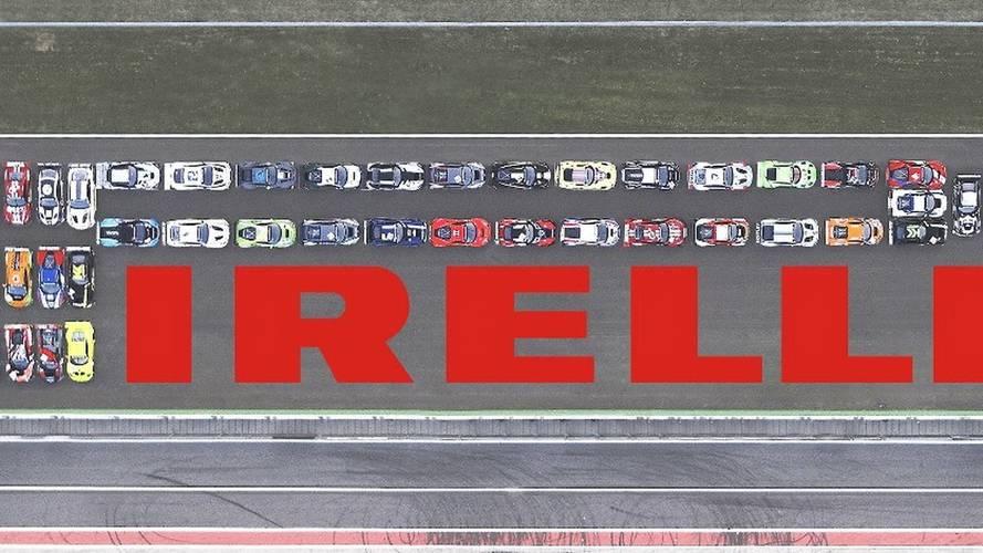 Pirelli reproduce su logo con 41 modelos GT3 en Monza