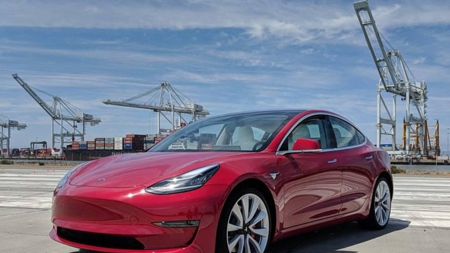 Famed YouTuber Gets First Drive Of Tesla Model 3 Performance