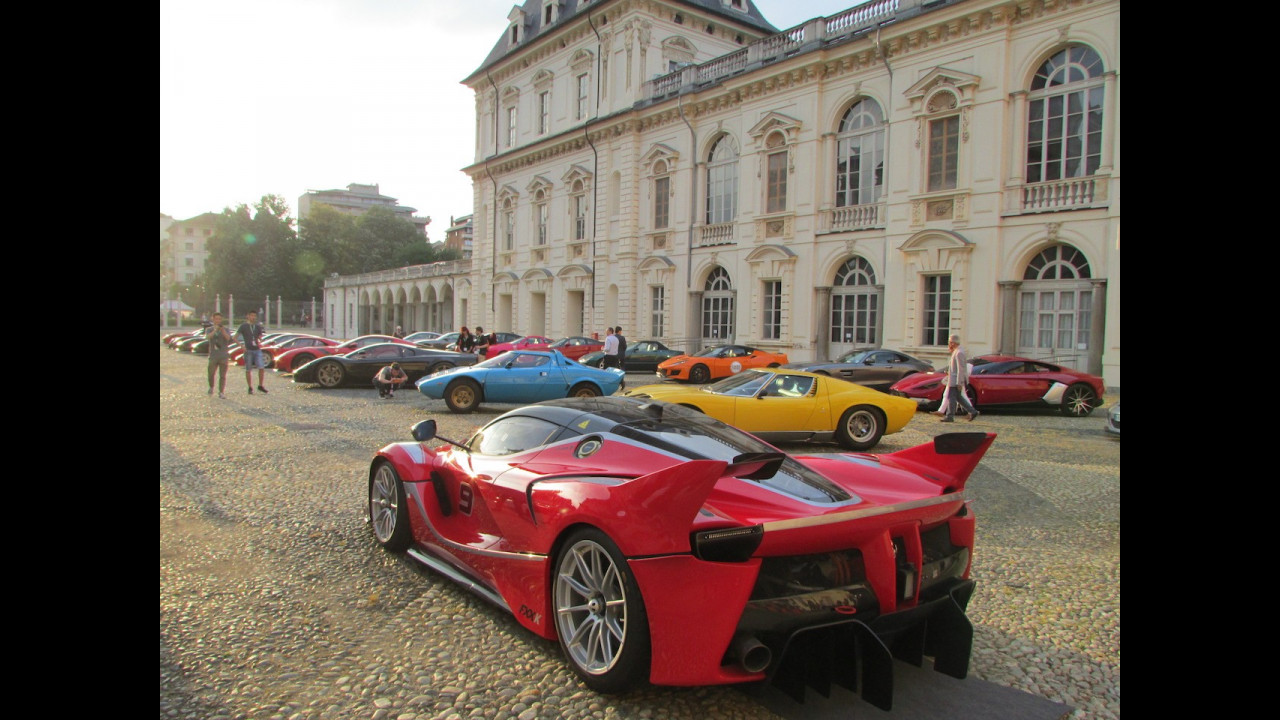Cars & Coffee a Parco Valentino 2017