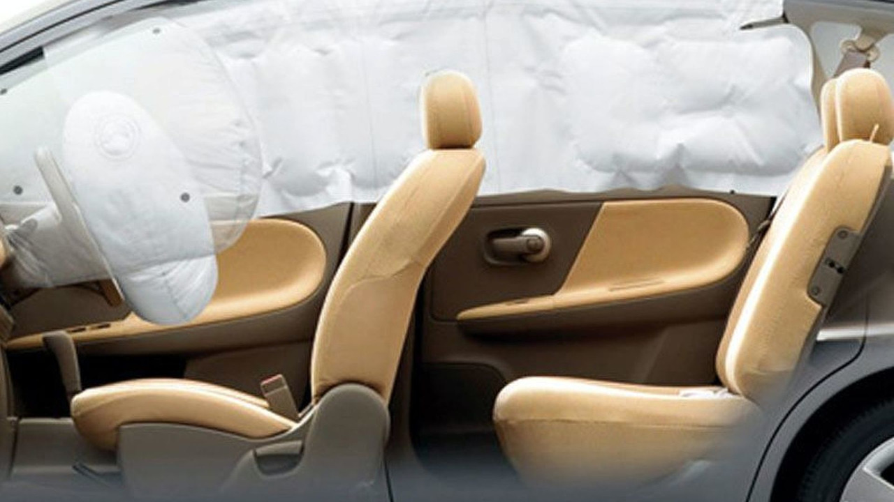 Nissan Note Compact Car Airbags